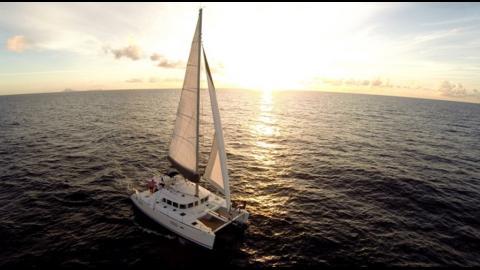 Lagoon 440 3 cabins: Navigating