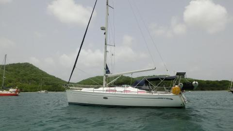 Bavaria 38 Cruiser: At anchorage in Martinique