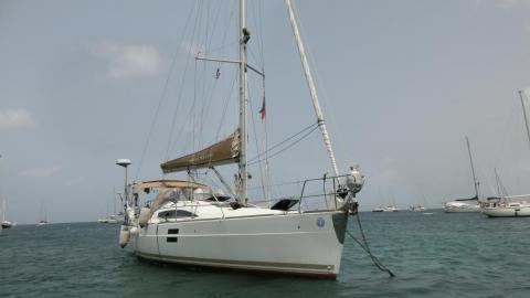 Elan 40 Impression : At anchor in Martinique