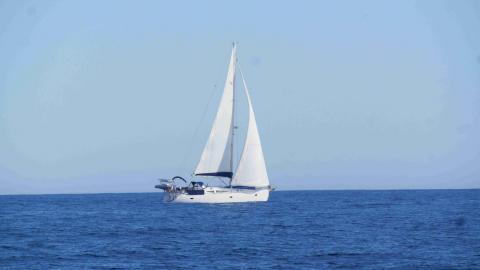 Elan 434: Navigating in the Caribbean