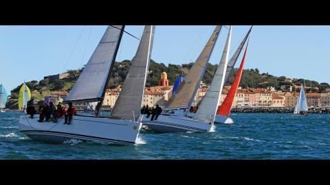 Del Pardo Grand-Soleil 39 : Regata navigating