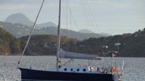 Meta JPB 32 : At anchor in the Caribbean