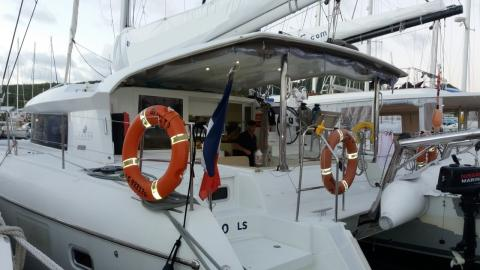 Lagoon 421:In the marina