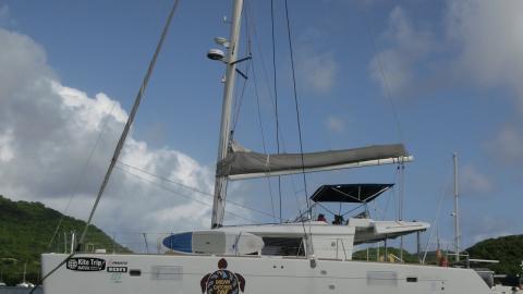 Lagoon 450 : At anchor