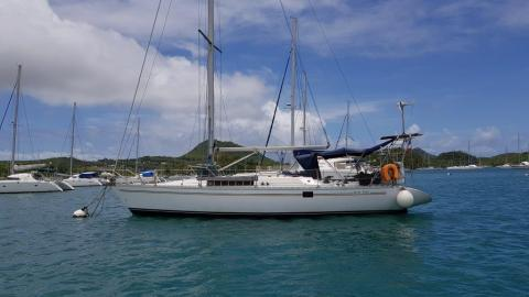 Jeanneau Sun Fizz : Martinique anchorage