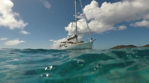 Jeanneau Sun Odyssey 49i : Anchorage in Caribbean