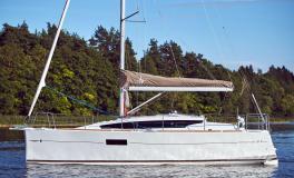 Jeanneau Sun Odyssey 319 : At anchor