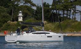 Jeanneau Sun Odyssey 380 : At anchor