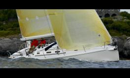 J Boats - J Composites J 133 navigating