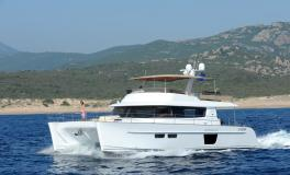 Fountaine Pajot Motor Yachts Queensland 55 navigating