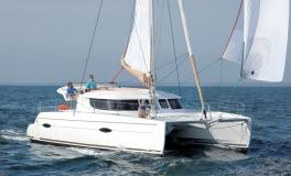 Fountaine Pajot Lipari 41 Evolution navigating