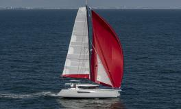 NEEL-TRIMARANS NEEL 47: Navigating under spinnaker