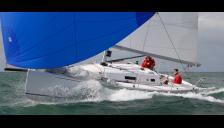Navigation   - J Composites J 97, New - France (Ref 380)