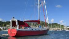 Bruce Roberts 48' : At anchorage