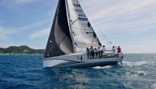 Jeanneau Sun Fast 3200 : Navigating on the wind port tack