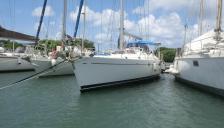 Beneteau 50: In marina