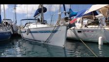 Alliaura Marine Feeling 36 DI : In the marina