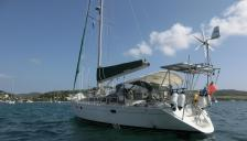 Kirie Feeling 446 : At anchorage in Martinique