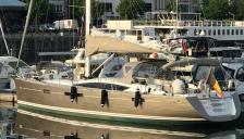 Jeanneau 57: In the marina