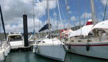 Jeanneau Sun Liberty 34 : !The marina at Le Marin