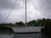 At anchor in Martinique - Chantier du Poitou Sailing steel center board, Used (2007) - Martinique (Ref 453)