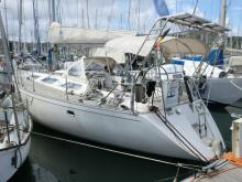 Dufour Dufour 42 : In the marina