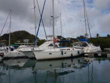 Sun Dance 36: In marina