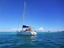 Dufour 380 Grand'Large: At anchorage in the Caribbean