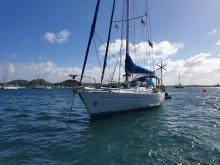 Del Pardo Grand Soleil 46 : At anchor in Martinique