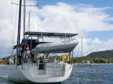 Oceanis 46: Solar panels and dinghy davits