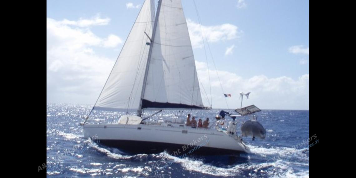 Navigating - Beneteau Oceanis 500, Used (1989) - Martinique (Ref 415)