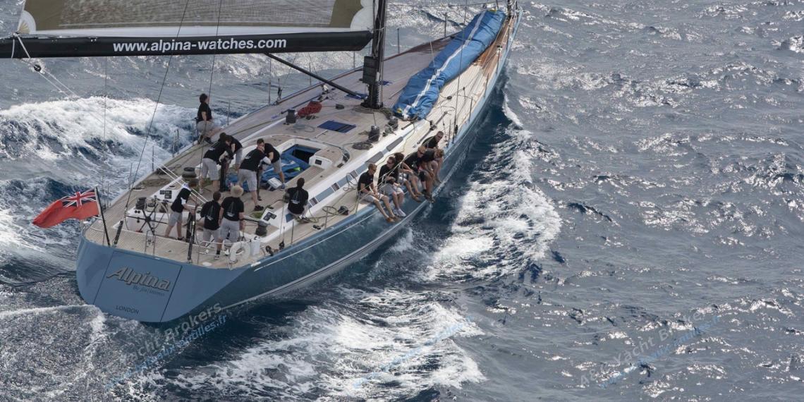 Nautor's Swan 82' : Navigating under spinnaker