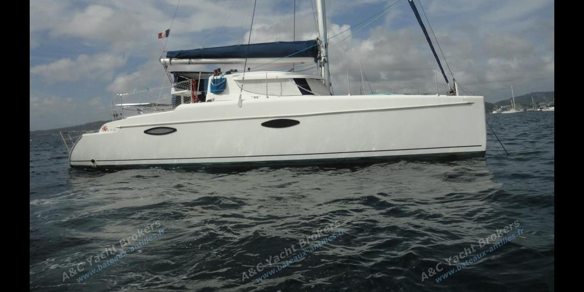 Fountaine Pajot Mahé 36 : Martinique anchorage