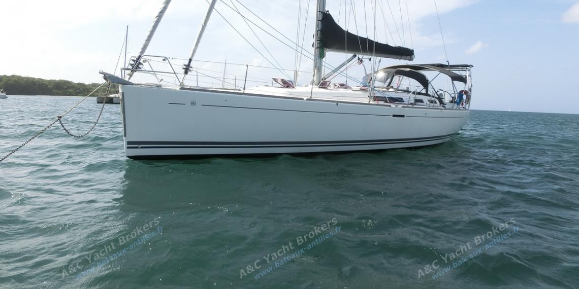 Dufour 455: At anchor