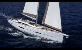Dufour 560  navigating